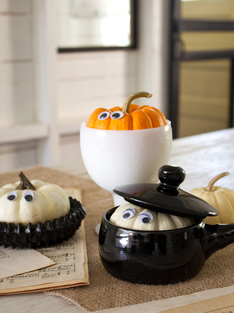 Halloween Peek-A-Boo Pumpkins by Layla Palmer