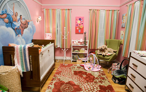 Modern Family Tucker-Pritchett House Lily's Pink Baby Room
